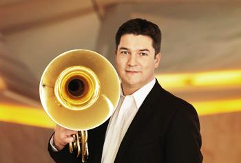 Andrej Žust, Horn