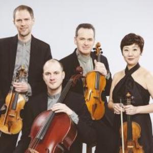 A・レブランク弦楽四重奏団 結成30年 植田克己氏を迎えて精緻なアンサンブル!